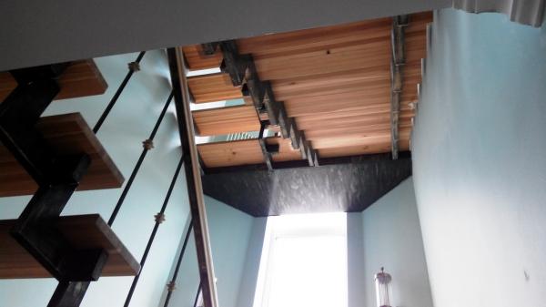 Рисунок металлических перил для лестниц
